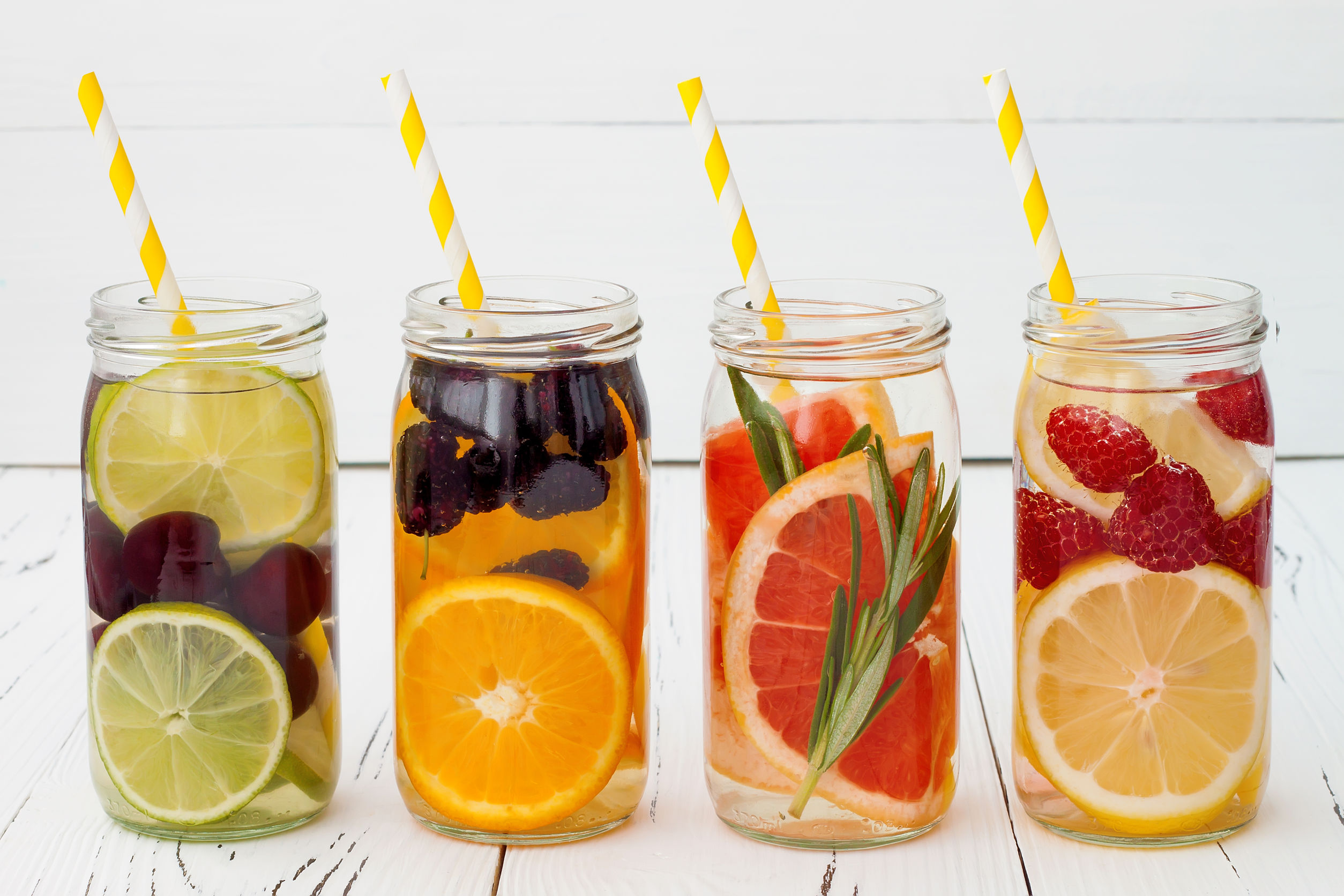 You ConDo It: Make Your Own Summer Drinks At Home
